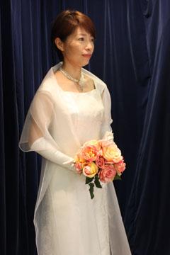 ハワイで輝いた博多織ウェディングドレス!